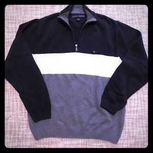 Like new Men's Tommy Hilfiger Sweater Large